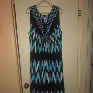 Ladies sleeveless maxi dress
